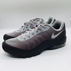 Nike Air Max Invigor Running Shoes Purple